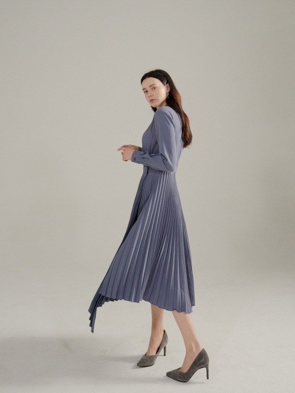091. Artistic FIRENZE pleats DRESS